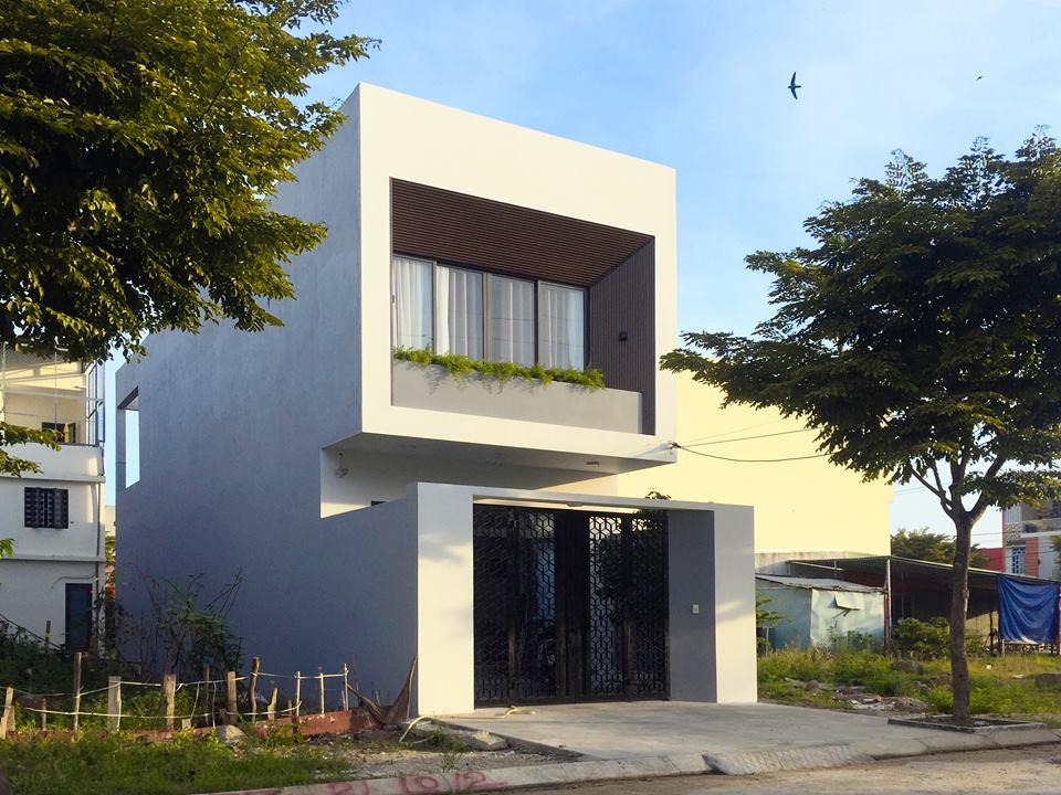 Ngắm nghía ngôi nhà phố 2 tầng đẹp ở Đà Nẵng với chi phí hoàn thiện 750 triệu đồng - Nhà Đẹp Số (1)