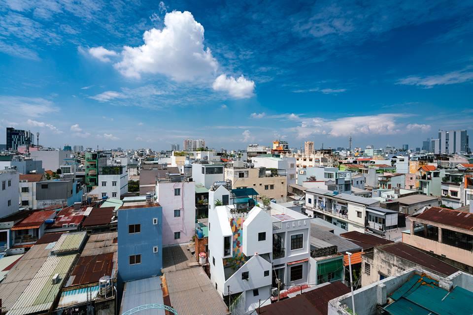 Kỳ lạ công trình nhà phố với hình ảnh nhà chồng nhà ở quận 10 - Nhà Đẹp Số (1)