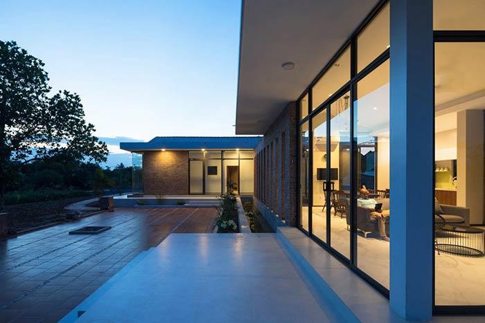 Công trình nhà cấp 4 đẹp đầy đủ tiện nghi như resort ẩn mình trong ốc đảo ở Thái Bình - Nhà Đẹp Số (3)