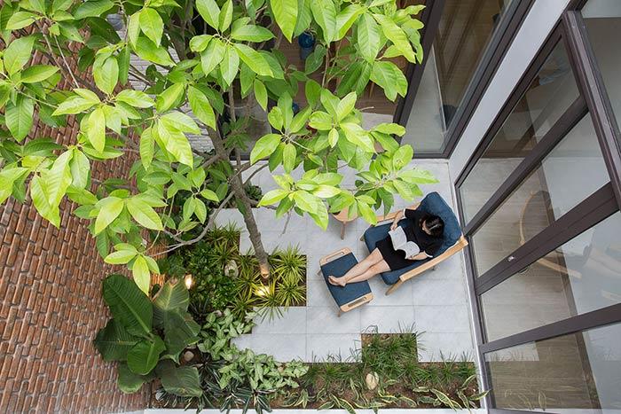Ấn tượng nhà phố 2 tầng ở Hòa Xuân Đà Nẵng với mặt tiền kính - Nhà Đẹp Số (36)