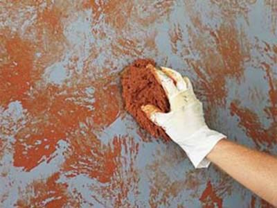 Tường nhà bị nhiễm bẩn