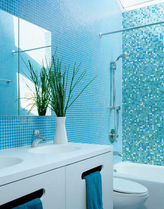 ứng dụng gạch mosaic trong trang trí phòng tắm