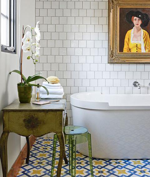 gạch bông phòng tắm xanh vàng