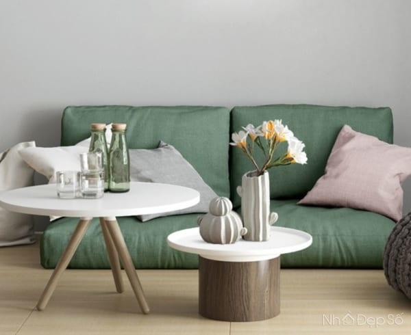 Bình hoa có thể đặt nhiều vị trí trong phòng khách mà vẫn tạo điểm thu hút đặc biệt.