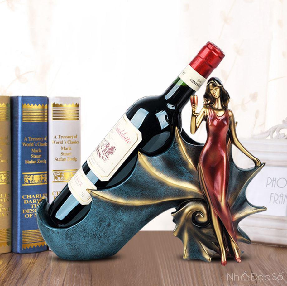 Tượng thiếu nữ giá rượu NDS147