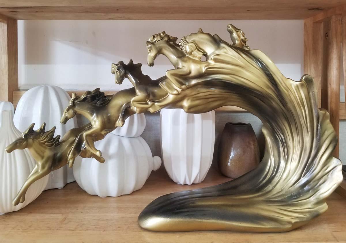 Tượng Lục Mã Hùng Phi NDS176