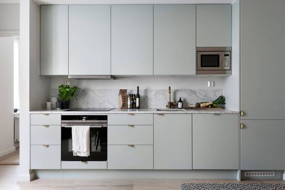 mẫu tủ bếp đẹp chữ i phong cách hiện đại