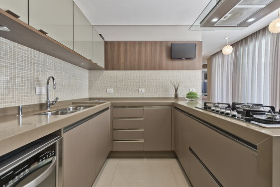 mẫu tủ bếp đẹp chữ u phong cách hiện đại