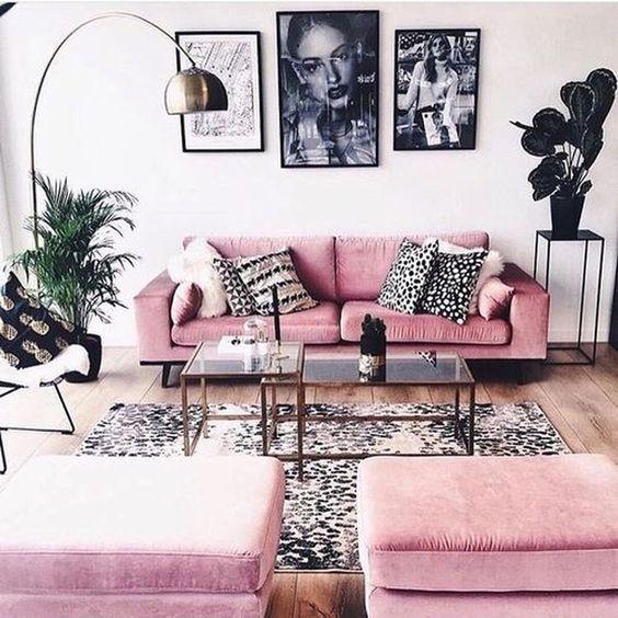 mẫu phòng khách sử dụng đồ nội thất màu hồng