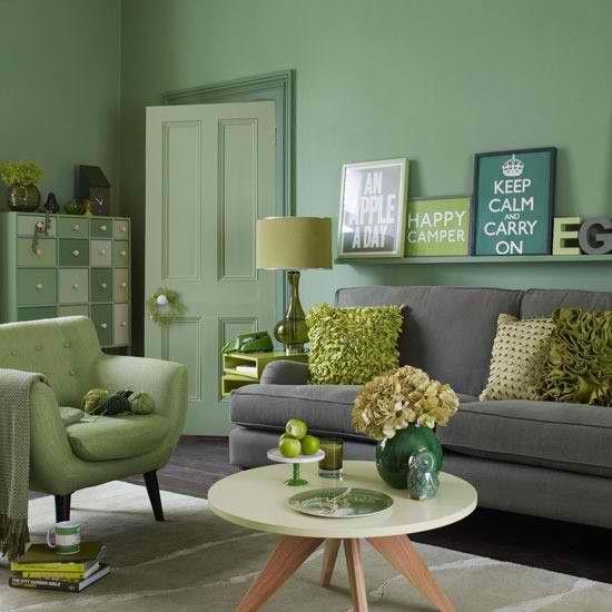 mẫu phòng khách sử dụng màu xanh lấy cây kết hợp màu xám