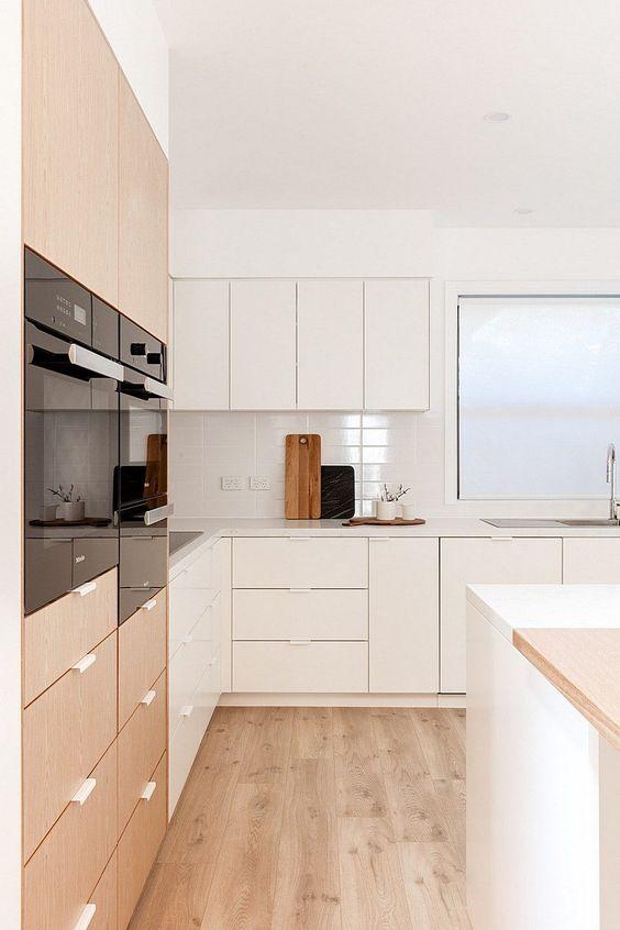 Mẫu tủ bếp với gam màu trung tính hiện đại màu be