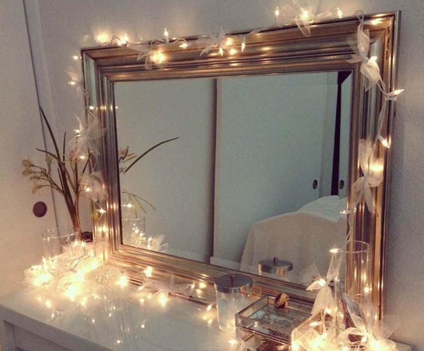 Trang trí xung quanh gương soi