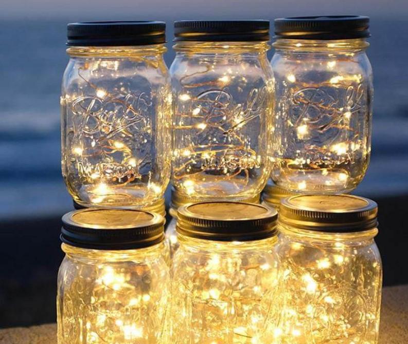 Đèn nhấp nháy trong lọ thủy tinh