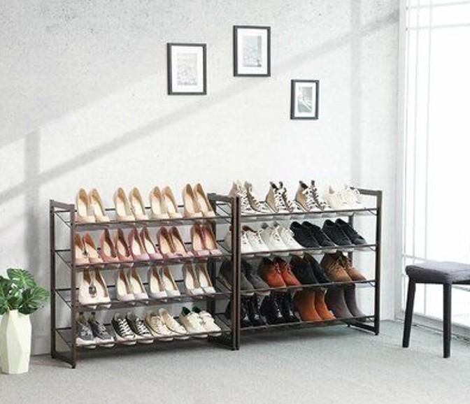 Kệ giày 4 tầng kiểu dáng đơn giản khá thông dụng