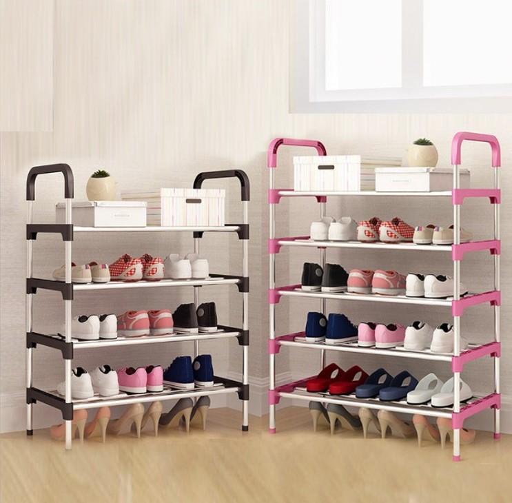 Mẫu kệ giày inox khá thông dụng ở nhiều gia đình