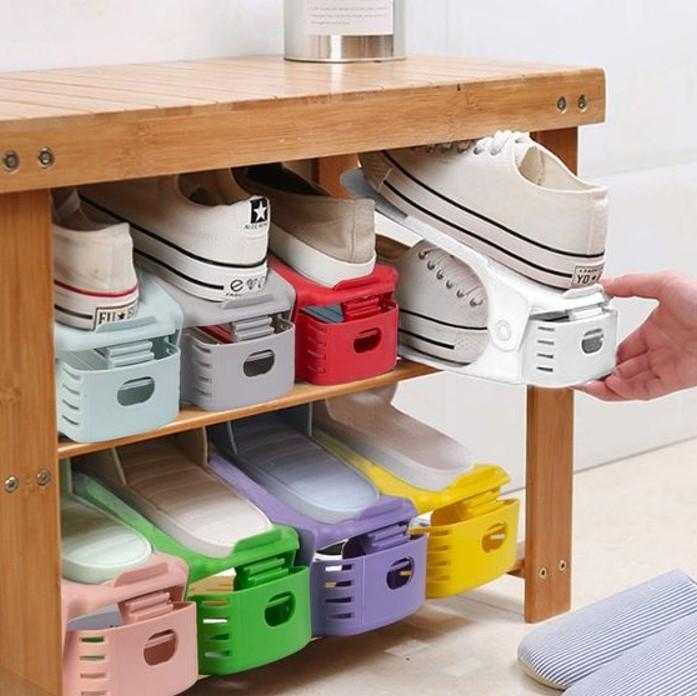 Mẫu kệ giày đơn giúp tiết kiệm tối đa diện tích không gian