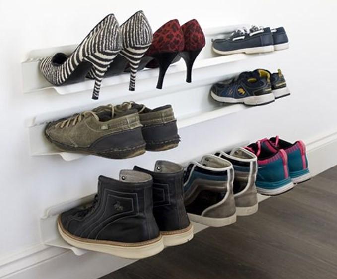 Mẫu kệ giày dép treo tường vừa hiện đại lại rất tinh tế