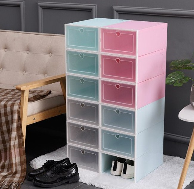 Bạn có thể xếp chồng lên để tạo thành một chiếc tủ giày
