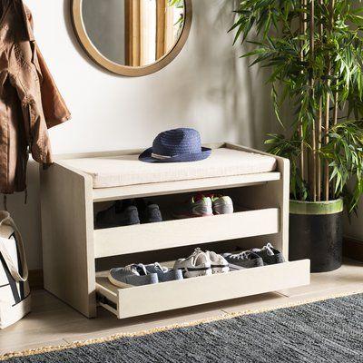 Một thiết kế khá ấn tượng và phá cách của tủ giày thông minh
