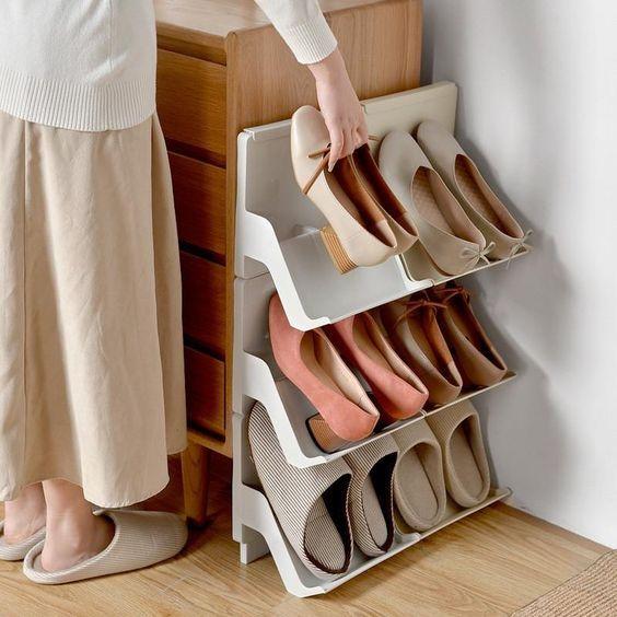 Một thiết kế khá ấn tượng giúp giày dép thoáng khí hơn