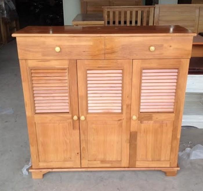 Tủ giày gỗ giá rẻ với thiết kế 3 cánh