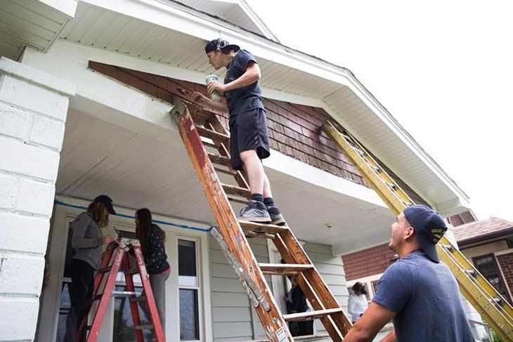 Sửa nhà phải căn cứ theo tuổi người đàn ông