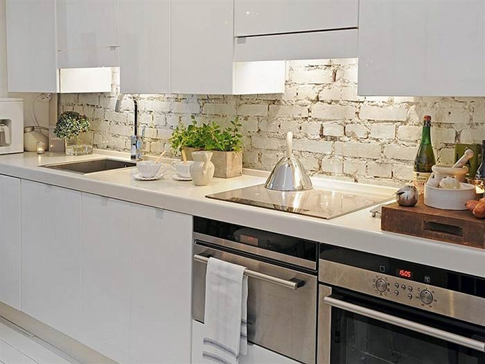 màu sắc gạch ốp tường bếp
