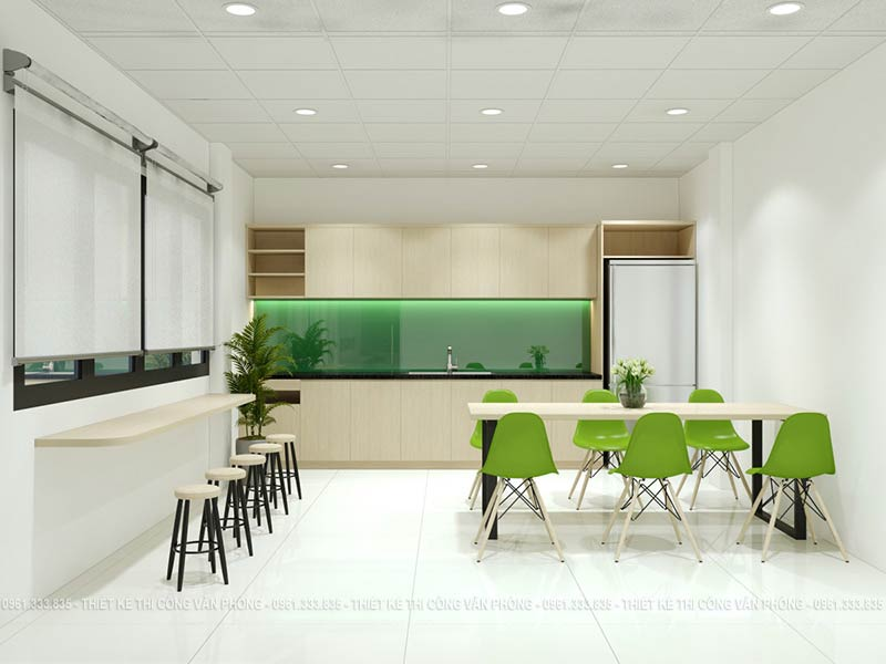 Bếp văn phòng sang trọng và hiện đại với mảng ốp tường bằng kính màu xanh lá